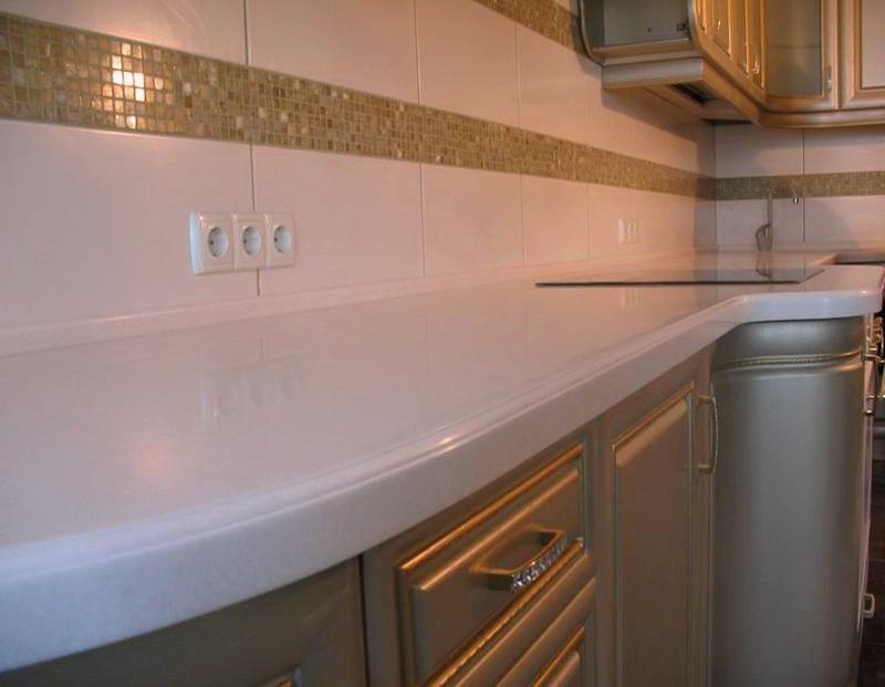 Изготовление кухонной мебели с каменными столешницами
